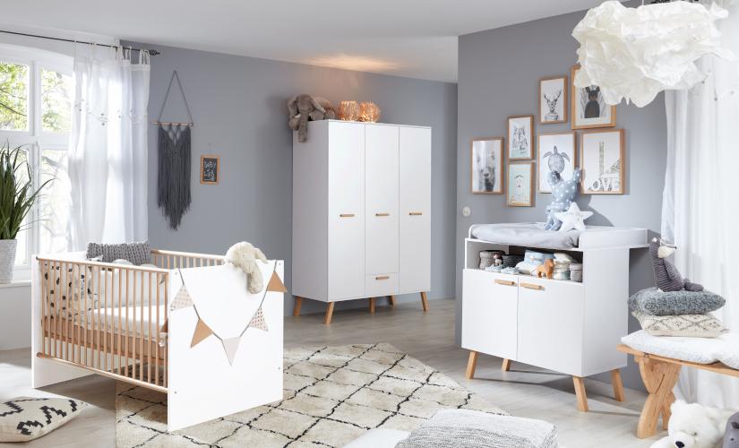 Babyzimmer Mats in weiß