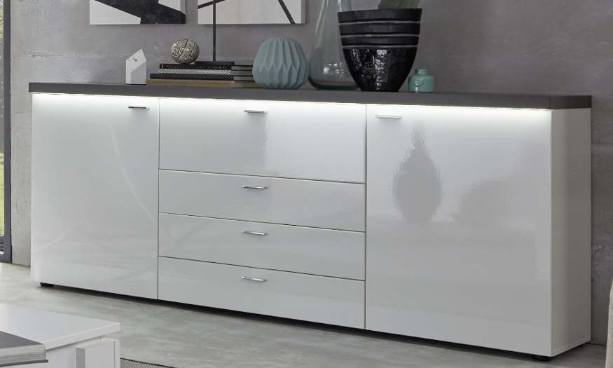 Sideboards und Kommoden