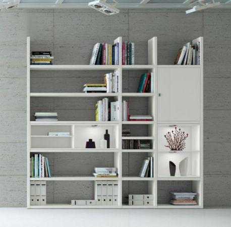 Wohnwand Bücherwand MDor Dekor Lack weiß matt LED-Beleuchtung Breite 227 cm
