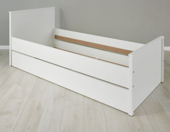 Jugendzimmer Kinderzimmer Bett Ole in weiß inklusive Bettkasten als Gästebett Liegefläche 90 x 200 cm