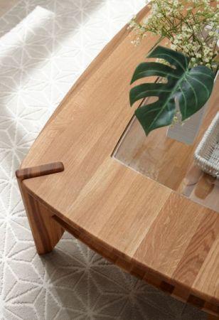 Couchtisch Tamilo in Asteiche massiv geölt Wohnzimmertisch mit Glastischplatte und Ablage 115 x 75 cm