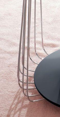 Couchtisch Vilnius in matt schwarz lackiert und Metallgestell Wohnzimmertisch mit Ablage rund 50 cm Durchmesser