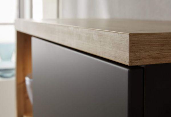 TV-Lowboard Odino in matt grau und Asteiche / Eiche Fernsehtisch 213 x 53 cm TV-Unterteil