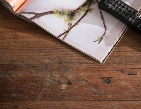 """Couchtisch """"Indy"""" in Old Used Wood Shabby und grau, mit Schubkasten, auf Rollen, universal, 70 x 70 cm"""