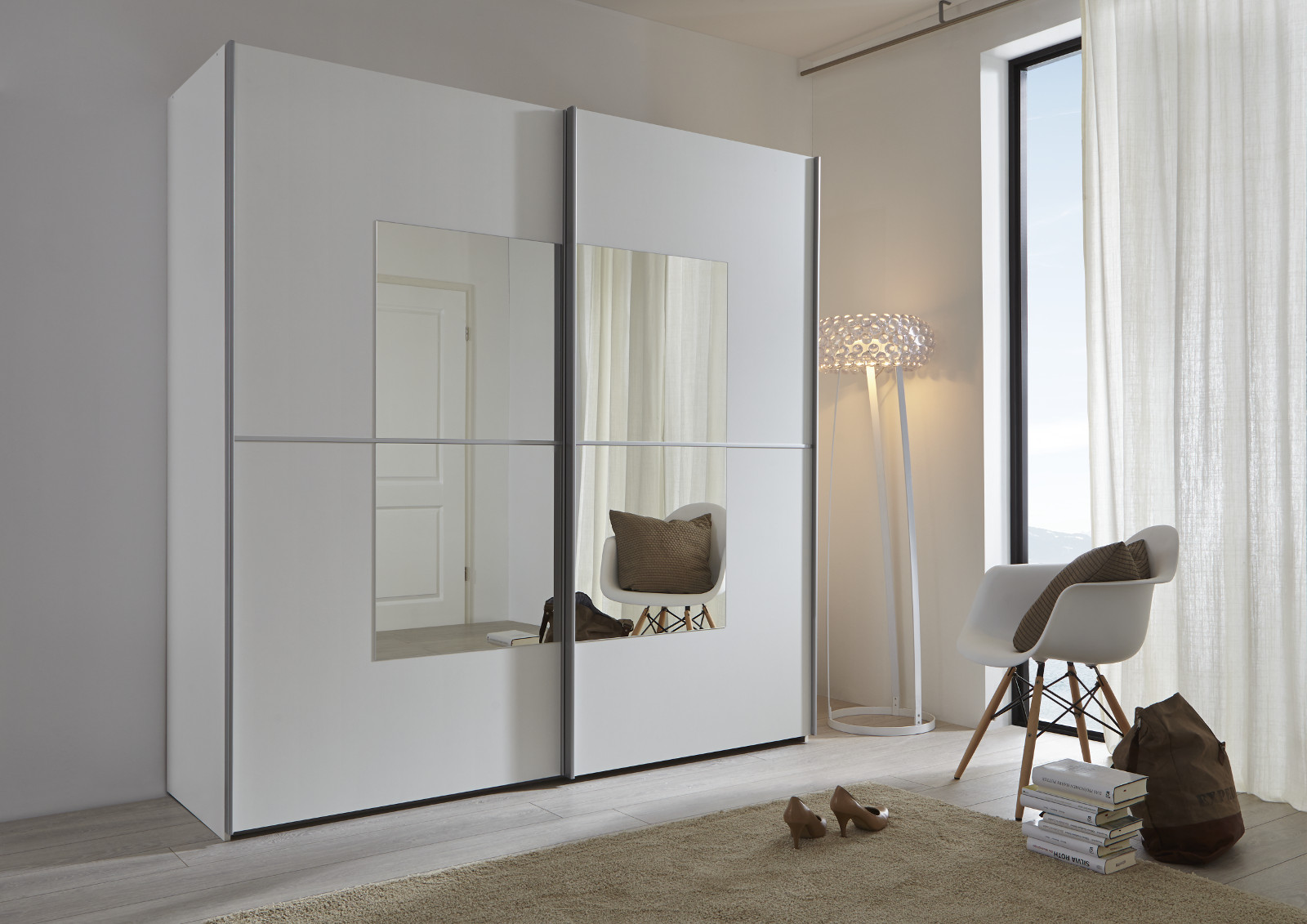 Kleiderschrank weiß spiegel  Schwebetürenschrank weiß Spiegel quadratisch