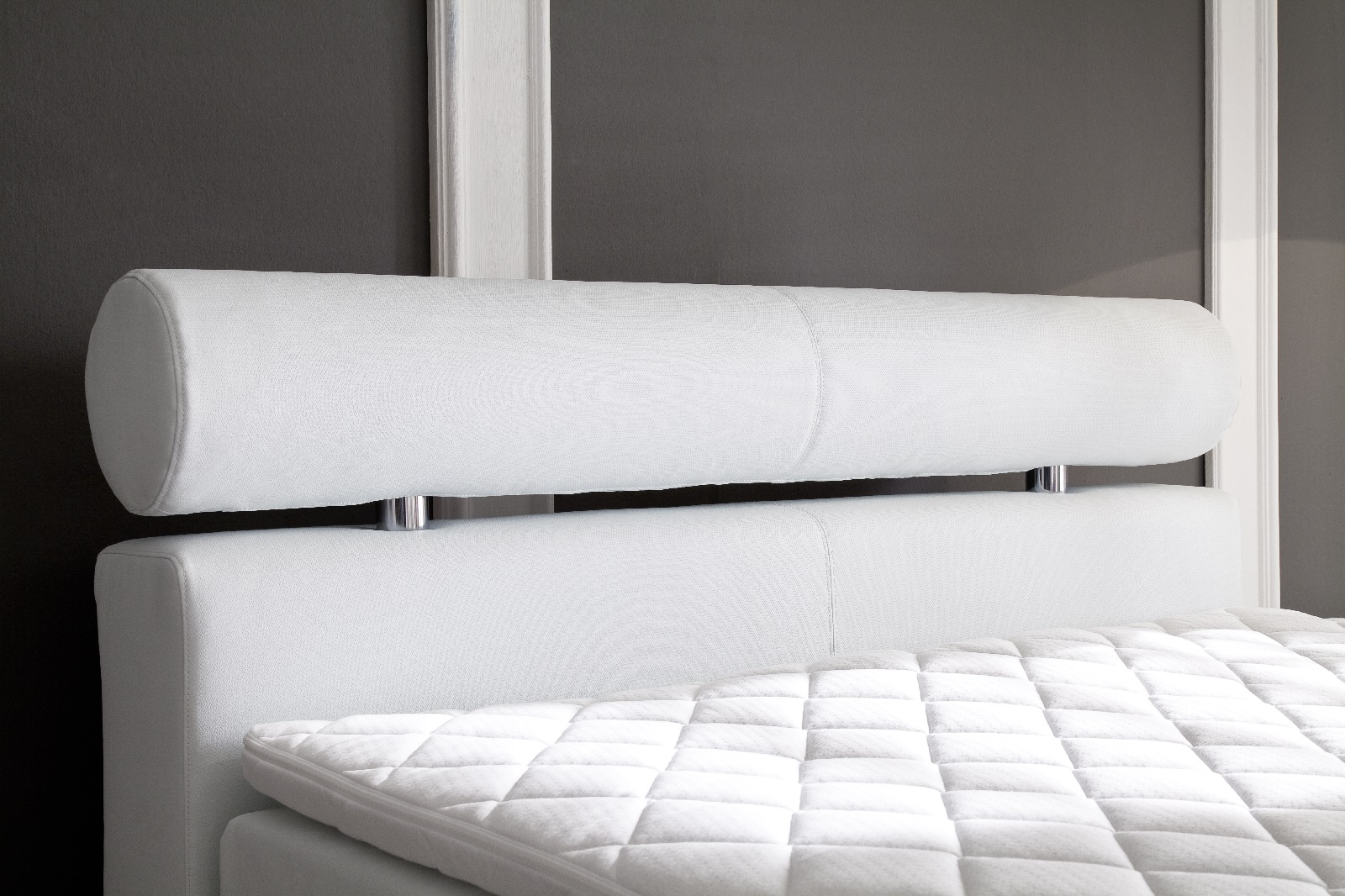 boxspringbett weiss leder ihr traumhaus ideen. Black Bedroom Furniture Sets. Home Design Ideas