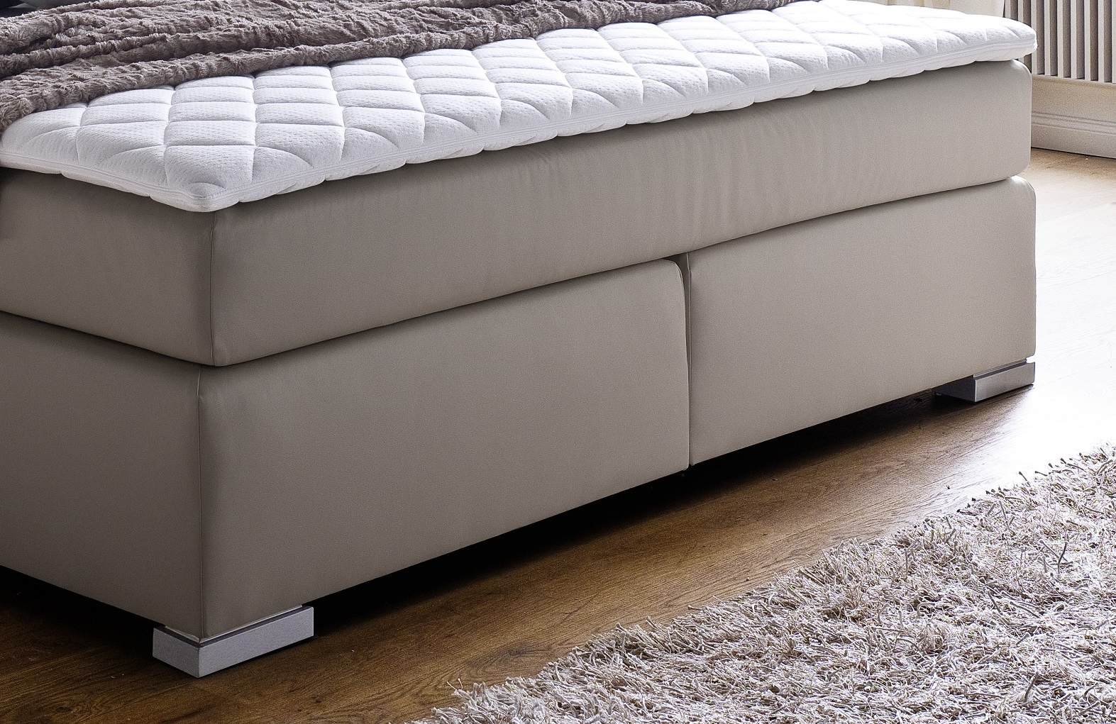 boxspringbett isabelle muddy 200cm x 200cm. Black Bedroom Furniture Sets. Home Design Ideas