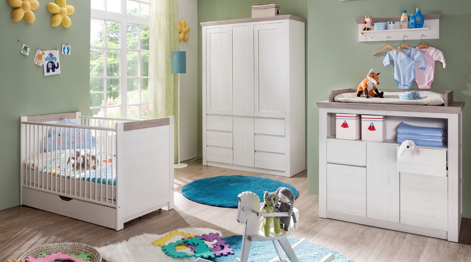 babybett 140x70 gitterbett weiss pinie kinderbett komplett. Black Bedroom Furniture Sets. Home Design Ideas