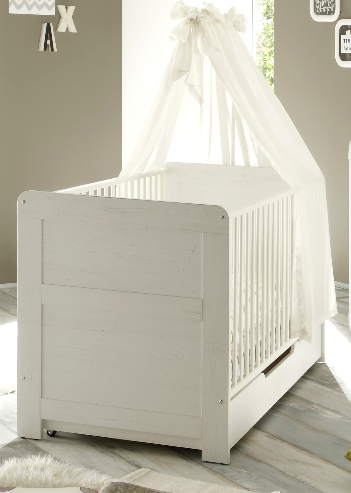 babyzimmer babybett und kleiderschrank landi. Black Bedroom Furniture Sets. Home Design Ideas