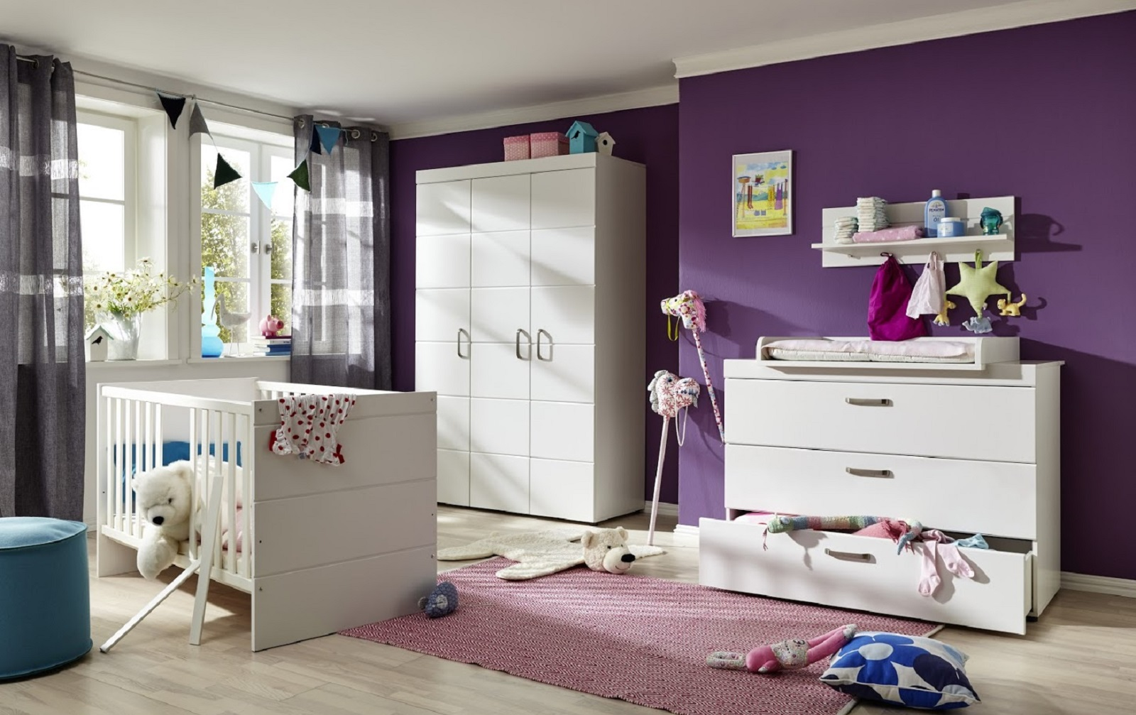 babyzimmer kleiderschrank luca s in matt wei. Black Bedroom Furniture Sets. Home Design Ideas