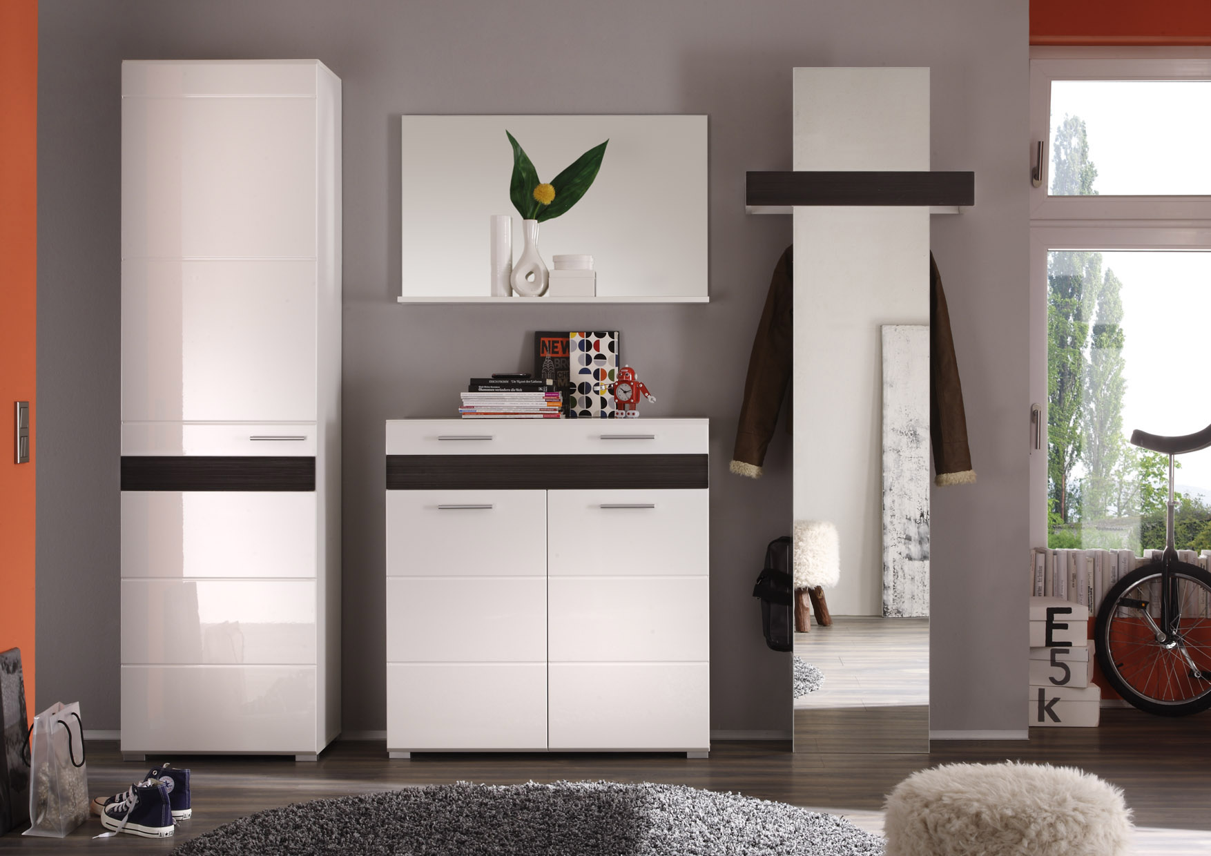 flur garderobe garderobenschrank wei hochglanz mit eiche diele schrank mezzo ebay. Black Bedroom Furniture Sets. Home Design Ideas