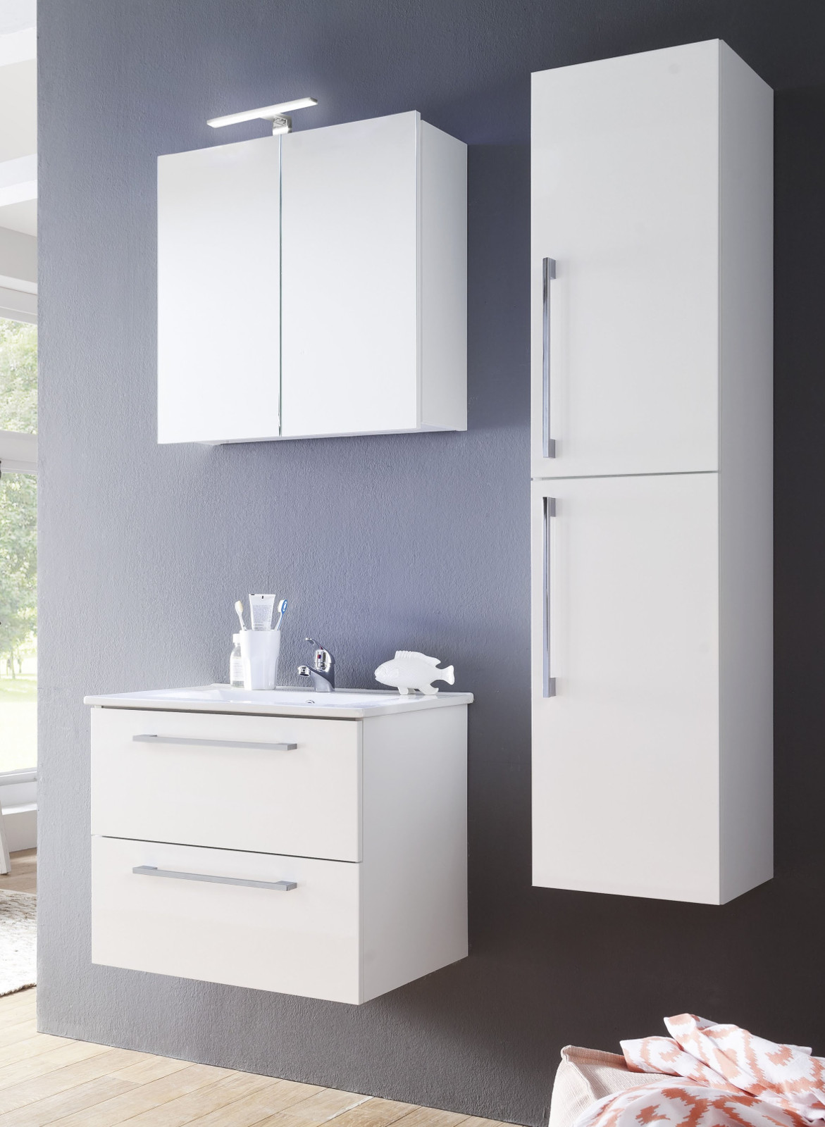 badm bel set intenso wei 2 teilig inkl waschbecken. Black Bedroom Furniture Sets. Home Design Ideas