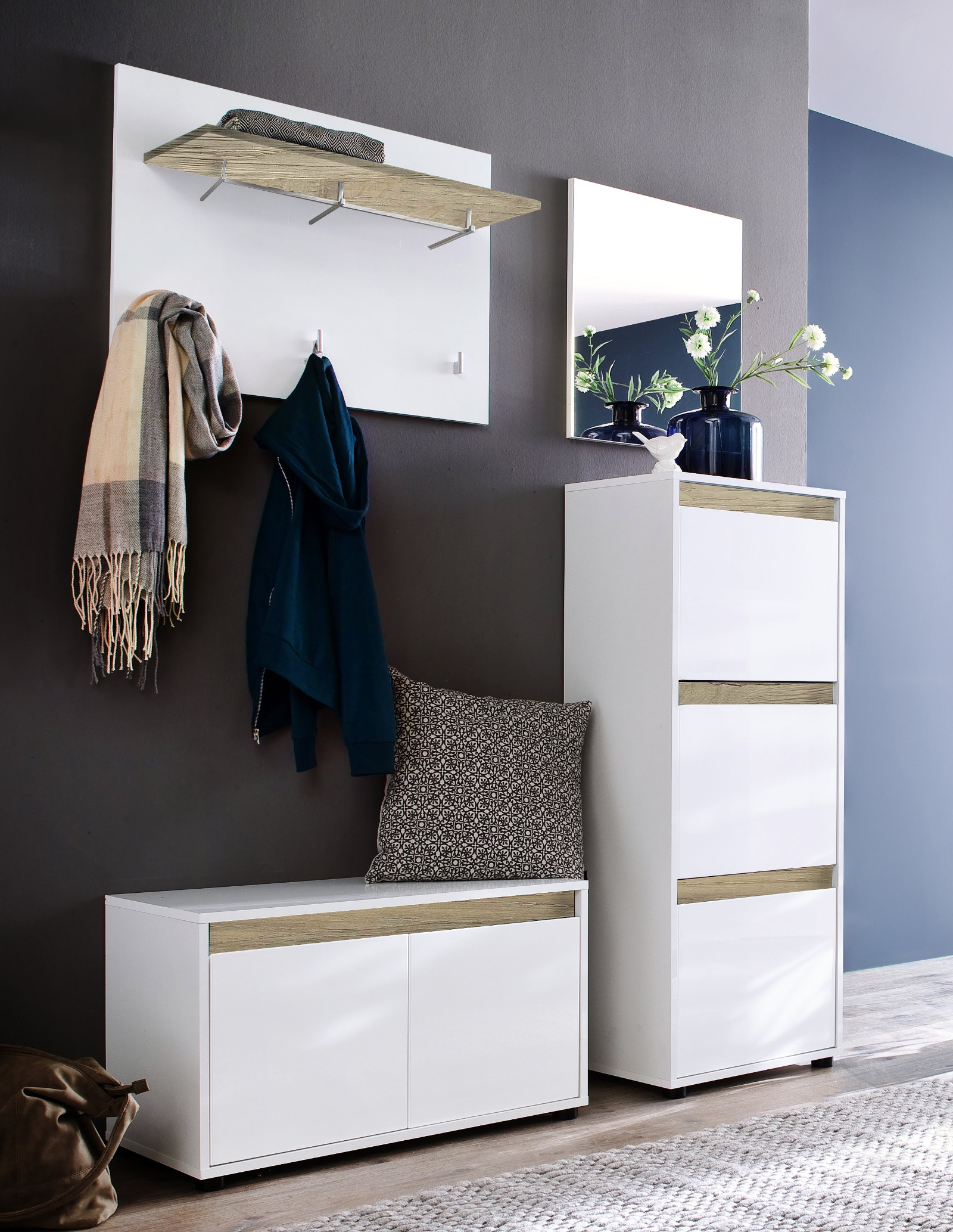 schuhschrank kommode sol in hochglanz wei und alteiche. Black Bedroom Furniture Sets. Home Design Ideas