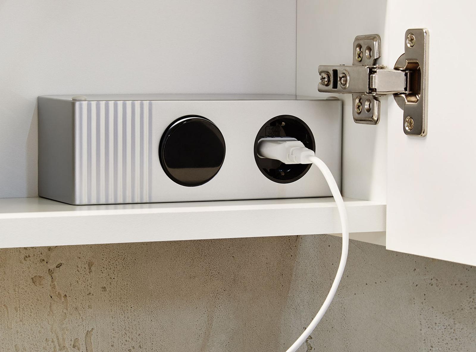 wohnwand wei hochglanz tiefgezogen mit beleuchtung. Black Bedroom Furniture Sets. Home Design Ideas