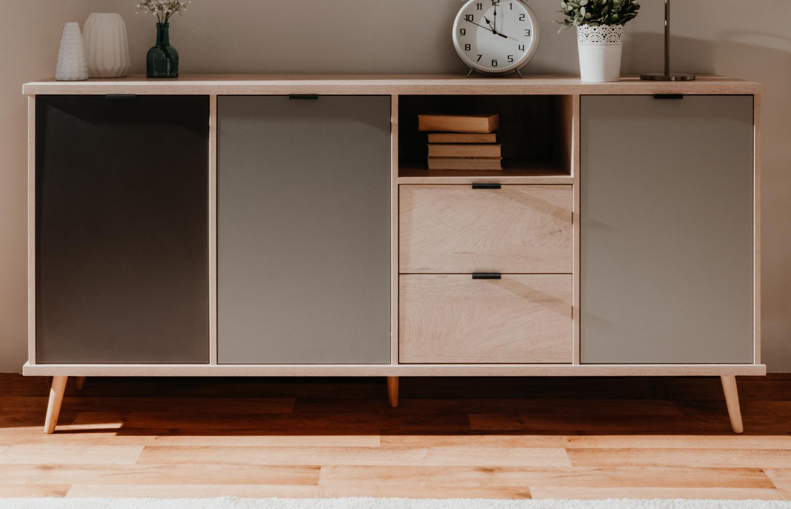 details zu lowboard h ngend tv unterteil wei hochglanz lack italien. Black Bedroom Furniture Sets. Home Design Ideas