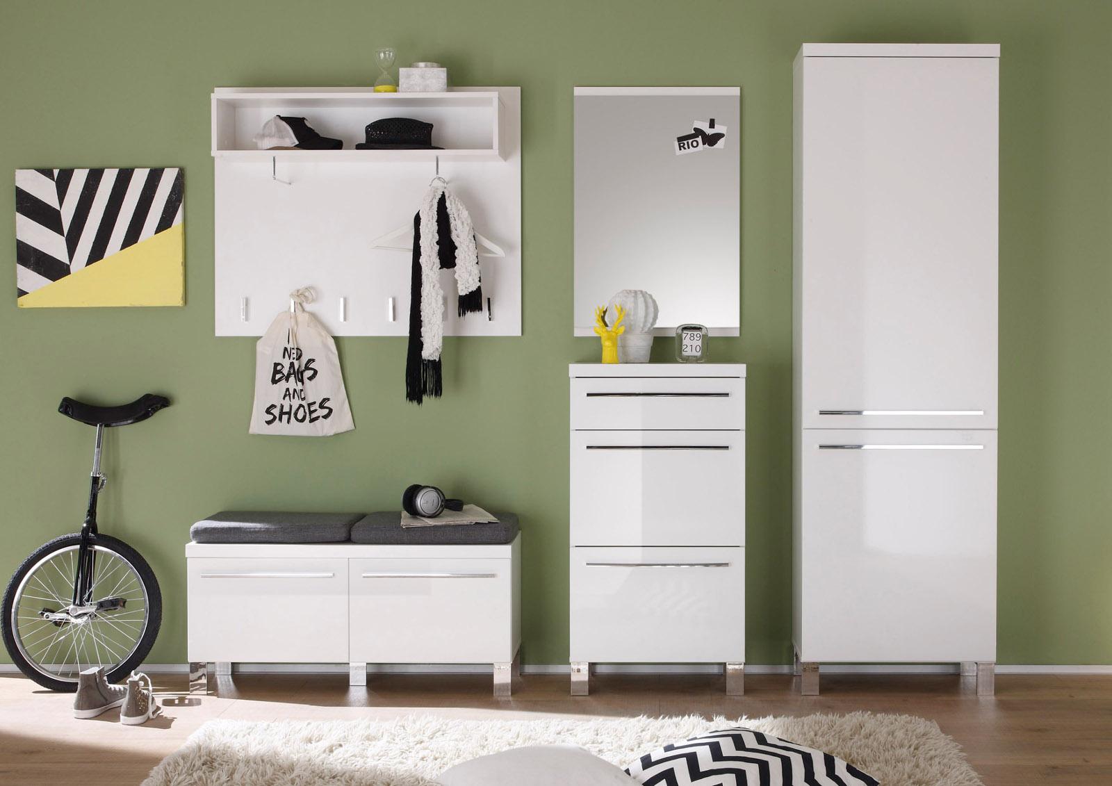 garderobe sitzbank free garderobe bank bank dalusia fur ihre garderobe mit nussbaum furniert. Black Bedroom Furniture Sets. Home Design Ideas