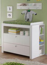Babyzimmer: Wickelkommode Olivia weiß, mit 2 Regalen