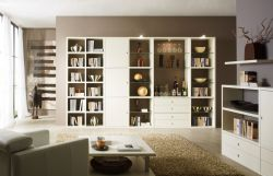 Wohnwand Bücherwand Lack weiß matt mit Barfach und Beleuchtung