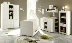 Babyzimmer komplett Set Landi weiß Pinie 7-teilig inkl. Bettschubkasten, Kommode und 2x Regal