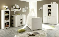 Mit Bett-Umbauseiten (Kinderbett) (+49,00 EUR)