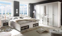 Schlafzimmer komplett Hooge in Pinie weiß Landhaus Komplettzimmer mit Doppelbett, Kleiderschrank und 2 x Nachttisch