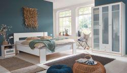 Schlafzimmer komplett Set in weiß und Bramberg Fichte, Doppelbett, Kleiderschrank und 2 x Nachttisch